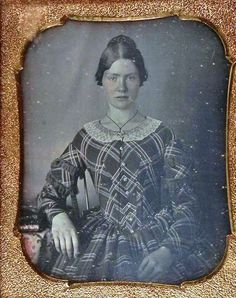 1840s cased image- Look, it buttons down the front!