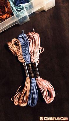 Embroidery Floss Bracelets, Diy Bracelets Easy, Thread Bracelets, Bracelet Crafts, Cute Bracelets, Handmade Bracelets, Diy Friendship Bracelets Tutorial, Diy Friendship Bracelets Patterns, Diy Bracelets Patterns
