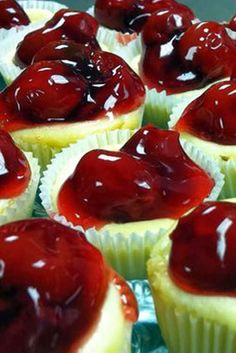 Mini-cheesecake Cupcakes with Cherry Toppings