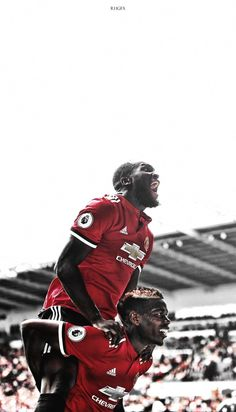Andy Cole and Dwight Yorke. Soccer Skills, Soccer Tips, Manchester United Wallpapers Iphone, Football Is Life, Pure Football, Football Football, Cristiano Ronaldo Lionel Messi, Play Soccer, Nike Soccer