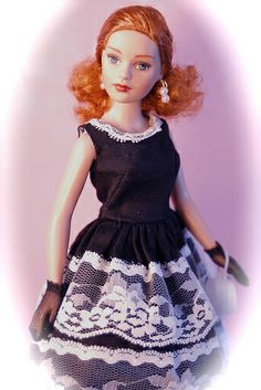 Tiny Kitty Collier doll