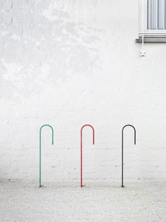 Hook bicycle stand | Note Design Studio