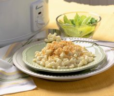 It's doesn't get any easier than this! Slow Cooker Macaroni ; Cheese# slow cooker healthy recipes