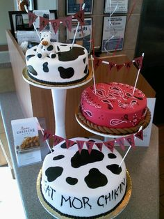 Chick-fil-A cake. Cow Birthday, Third Birthday, First Birthday Parties, First Birthdays, Birthday Ideas, Chik Fil A Cow, Cow Appreciation Day, Patterned Cake, Cake Decorating Classes