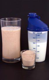 Descubre cuál es la mejor proteina para aumentar masa muscular. Listado de mejores tipos de proteínas para ti según tus necesidades y tu horario de consumo