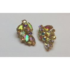 Juliana Aurora Borealis Glass Earrings, Vintage Jewelry ETSY SALE ($37) ❤ liked on Polyvore featuring jewelry, earrings, vintage earrings, gold colored earrings, vintage jewellery, glass earrings and vintage glass jewelry