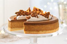 Pumpkin Spice Latte Cheesecake with Pumpkin Seed Brittle made with a buttery crust and full of the coffee flavour you love in the seasonal coffee drink. This dessert also makes a great centerpiece on (Coffee Cheesecake Recipes) Pumpkin Seed Brittle Recipe, Brittle Recipes, Cream Cheese Spreads, Cheesecake Recipes, Coffee Cheesecake, Mango Cheesecake, Pumpkin Cheesecake, Pumpkin Spice Latte, What To Cook