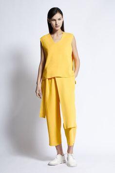 Acitza Cotton Top in Sun Cotton Bag, Knitwear, Cashmere, Jumpsuit, Model, Sun, Shopping, Collection, Tops