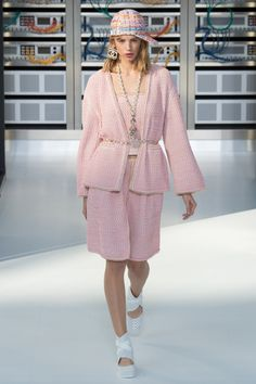 Chanel. Spring Summer 2017. Paris. @yourmotheradoresme