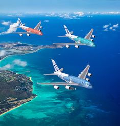 All Nippon Airways debut new Airbus Flying Honu aircraft adorned with Hawaiian sea turtles in Honolulu, Oahu. Ana Airlines, Commercial Plane, Airplane Art, Ocean Day, Airplane Photography, Passenger Aircraft, Airbus A380, Sao Paulo, Military Aircraft