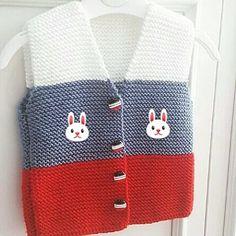 Top Trend Braids 73 Vest Cardigan Booties Fiber Shawl Knitting Models, Top Trend Knitting of the Season 73 Ladies and Baby Vest Cardigan Booties Fiber Shawl Knitting Models - Knitting - New Hobby. Knitting For Kids, Baby Knitting Patterns, Knitting Tutorials, Knit Vest Pattern, Diy Crafts Crochet, Knitted Baby Cardigan, Fabric Origami, Baby Vest, Baby Sweaters