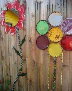 7 DIY Garden Decorations