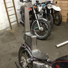 Sissy bar and king and queen seat pan