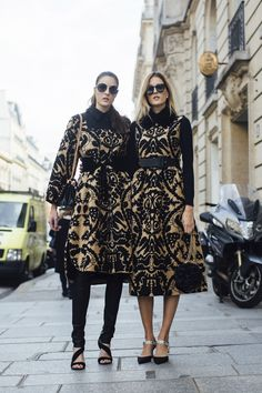 Paris Fashion Week Street Style Spring 2018 Day 2 Cont., Runway, Womenswear Collections at TheImpression.com - Fashion news, street style, models