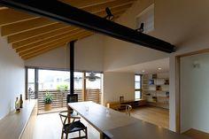 translation missing: jp.style.ダイニング.asianダイニングのデザイン:鎌倉の家をご紹介。こちらでお気に入りのダイニングデザインを見つけて、自分だけの素敵な家を完成させましょう。