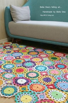 꽃들의 향연 - 꽃 모양 모티브 블랭킷 도안 , 손뜨개 커튼 만들기 [ 앵콜스뜨개실 , 벨라디아 ] : 네이버 블로그 Diy And Crafts, Felt, Blanket, Crochet, Blog, Handmade, Crochet Carpet, Crochet Hooks, Blankets