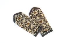 Wool mittens Knitted mittens Hand knitted gloves Winter gloves Warm mittens Patterned mittens Brown beige white melange Latvian rustic mitts by mittenssocksshop on Etsy
