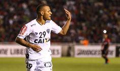 O Vitória vai anunciar nas próximas horas a contratação por empréstimo do lateral Patric, do Atlético-MG, por uma temporada.