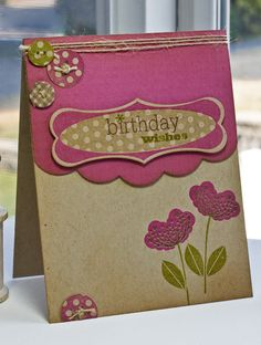 love the contrast of the kraft paper and the cardstock
