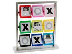 http://www.woonaccessoires-online.nl/cadeau-vrouw/fotolijst-tic-tac-toe-kleur-p-32.html