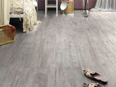 Create a vintage effect in your bedroom with our beautiful Palisander White Oak flooring!