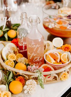 For a gal who loves bright colors and boho details, this orange citrus bridal shower is just the thing! This couldn't be more true of the adorable bride-to-be whose bridesmaids took a few of her favorite things and showered her with the perfect party. Cupcake Torte, Cupcakes, Bridal Shower Decorations, Bridal Shower Favors, Signs For Bridal Shower, Bridal Shower Desserts, Tropical Bridal Showers, Tropical Party, Estilo Tropical