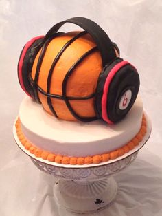 would like to add headphones to my cake, we all know we love to listen to music right before a big game