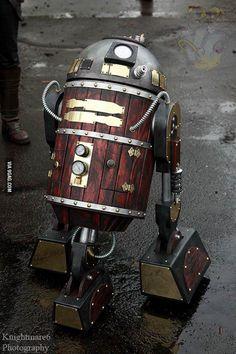 Steampunk R2-D2.. ooooooooooooo!:D