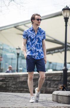 The right way to wear a Hawaiian shirt