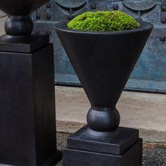 Manhattan Urn Garden Planter
