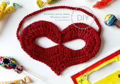 """Hooklook, le crochet c'est tendance !: Pattern: Mask """"Heart"""" in English"""