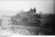 Brummbar with a 15cm main gun. Italy 1944.