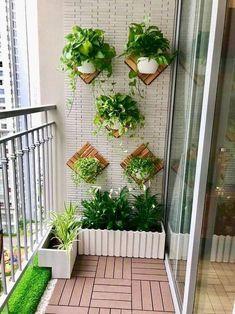 Small Balcony Design, Small Balcony Garden, Small Balcony Decor, Balcony Plants, House Plants Decor, Balcony Gardening, Balcony Decoration, Small Patio, Indoor Plants