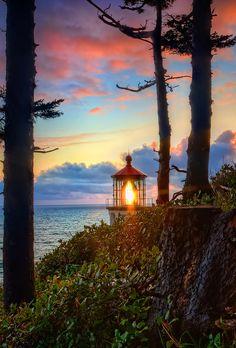 ~~Heceta Head Lighthouse | Oregon Coast by Fresnatic~~