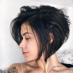 Tattoos and messy bob hair Haircut For Thick Hair, Pixie Haircut, Pixie Undercut, Short Hair With Layers, Short Hair Cuts, Shot Hair Styles, Curly Hair Styles, Hair Inspo, Hair Inspiration
