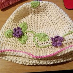 Crochet flower cloche hat The Handy Hooker on facebook Handyhooker.etsy.com