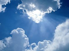 Résultats Google Recherche d'images correspondant à http://colombeleblog.files.wordpress.com/2012/03/ciel_nuages_60.jpg