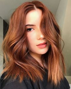 Curly Hair Styles, Medium Hair Styles, Hair Color Auburn, Medium Auburn Hair, Red Hair Long Bob, Red Hair Lob, Short Auburn Hair, Red Hair Blonde Highlights, Lob Curly Hair