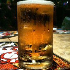 眠くなって来ちゃった getting sleepy #beer #sanmigright #draft #meeting #philippines #フィリピン #ビール