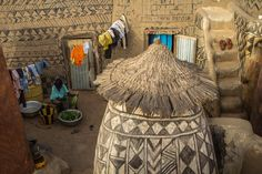https://www.behance.net/gallery/7104549/tiebele-the-painting-village-of-the-people-Gourounsi