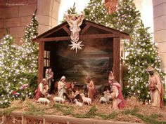 History of the Christmas Creche: the Manger scene, its early origin, how it developed over history, and why we celebrate the Nativity scene as we do. Church Christmas Decorations, Christmas Nativity Scene, Christmas Villages, Christmas Love, Christmas Traditions, Christmas Holidays, Merry Christmas, Beautiful Christmas, Happy Holidays