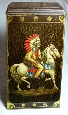 "SPLENDID VICTORY V ""WARRIORS""SWEET TIN ART DECO NATIVE AMERICAN RED INDIAN CHIEF"