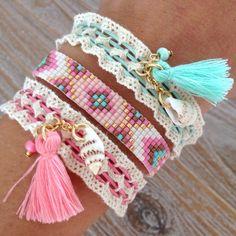 bracelets with beads Lace Bracelet, Bead Loom Bracelets, Embroidery Bracelets, Hand Embroidery, Embroidery Designs, Jewelry Bracelets, Beaded Jewelry, Diy Jewelry, Handmade Jewelry