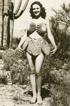 CACTUS Dress!!! top de biznagas y falda de nopales... Viva México!!