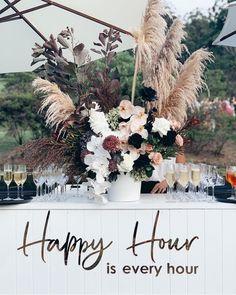 Wedding Bar Styling Tips and Inspiration! Image via The Events Lounge Hamptons Wedding, The Hamptons, Decoration Buffet, Corporate Event Design, Wedding Furniture, Bar Furniture, Dream Wedding, Garden Wedding, Bar For Wedding