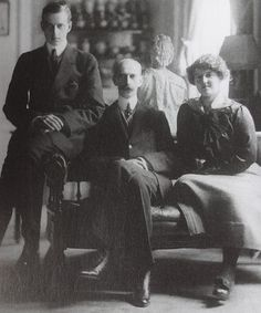Grand Duke Dmitri Pavlovih and Grand Duchess Maria Pavlovna with their father Grand Duke Paul Alexandrovich. Paris. 1914.