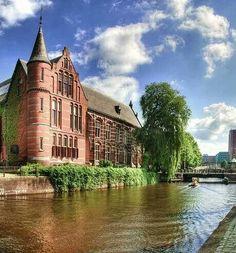 Voormalig  Natuurmuseum. Praediniussingel, Groningen. The Netherlands.