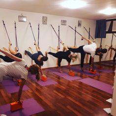 Parivrtta Ardha Chandrasana with ropes. Feeling stability in a challenging balance position #yoga #iyengar #iyengaryoga #yogini #yogateacher #yogastudio #yogagram #yogafam#yogaitalia #yogaitaly #yogalove #yogaprops #yogaclass #yogapose #parivrtta #parivrttaardhachandrasana #yogakurunta s#yogaropes