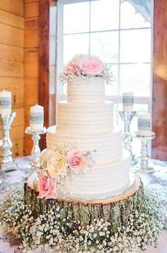 Flowers wedding cake cherokee national forest jophoto photography i thee we Trendy Wedding, Perfect Wedding, Our Wedding, Dream Wedding, Cake Wedding, Wedding Table, Wedding 2017, Timeless Wedding, Walmart Wedding Cake