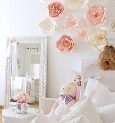 Gorgeous Paper Flowe